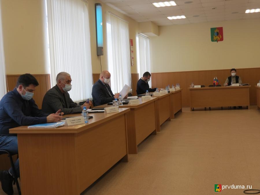Депутаты провели заседания комитетов