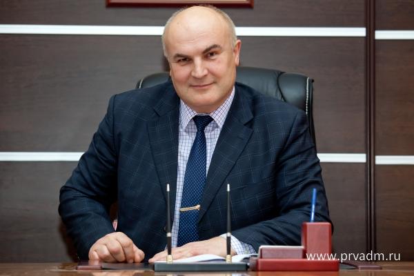 Глава Первоуральска провел аттестацию муниципальных служащих