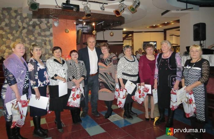 Состоялась рождественская встреча Главы и председателей уличных комитетов