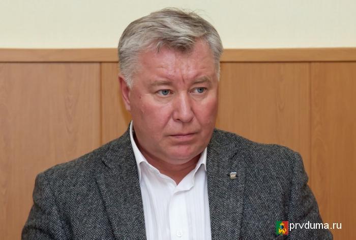 Эдуард Вольхин поздравил с юбилеем школу №2