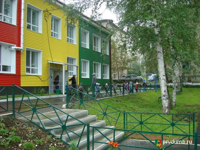 Депутаты посетили детские сады