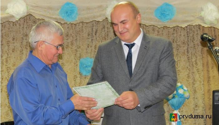 Глава Первоуральска поздравил с профессиональным праздником работников СХПК «Битимский»