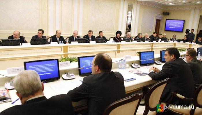 О международном сотрудничестве и исполнении поручений Президента