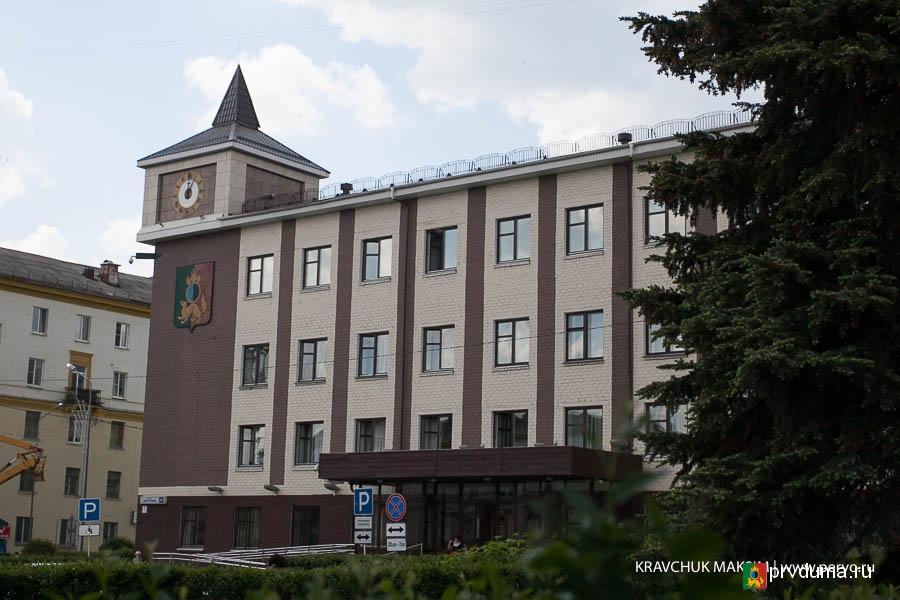 В Первоуральске на 2 почетных граждан стало больше