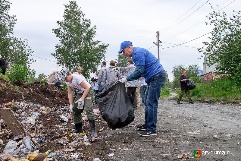 Александр Цедилкин: «Мы не прекращаем бороться с мусорными свалками ни на день»