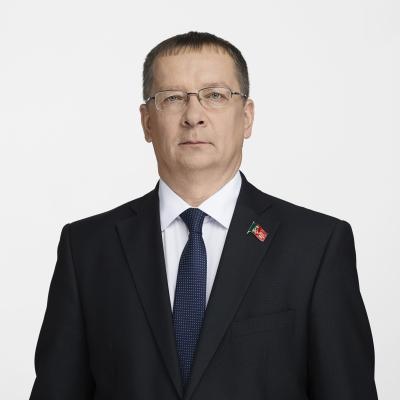 ИЗОТОВ Владислав Вениаминович