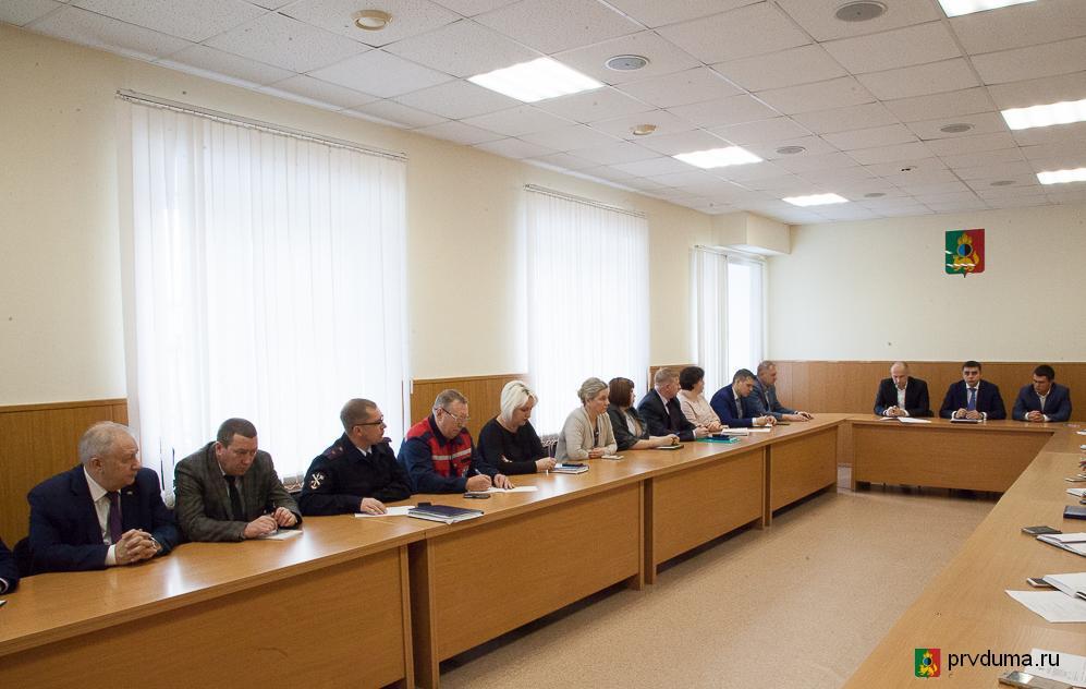 Всероссийская тренировка по гражданской обороне проходит в Первоуральске