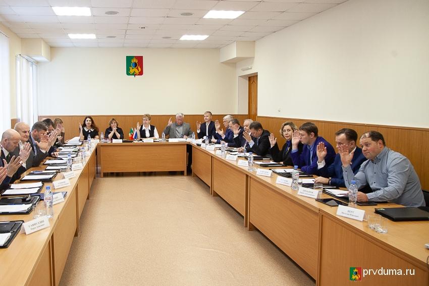Депутаты провели заседания всех профильных комитетов