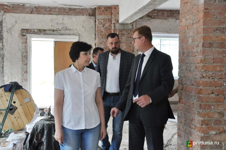 Назар Галат проверил ремонт кабинетов технологии