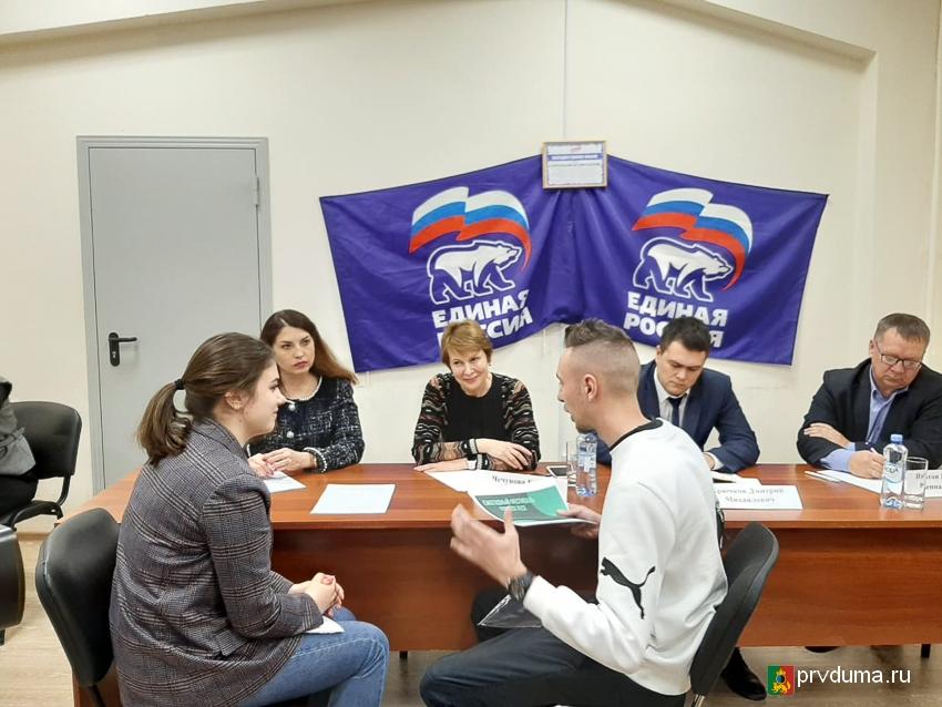 Депутаты провели прием граждан